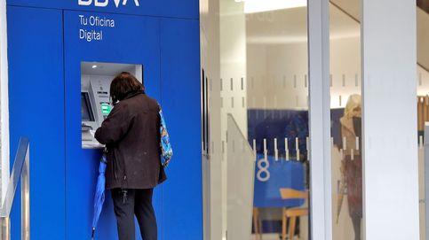 Despídase de su cajero: la escabechina de oficinas bancarias llega a las ciudades