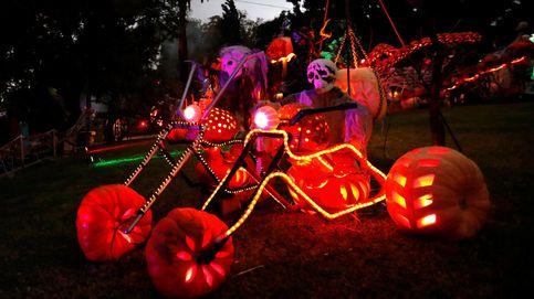 La fiesta de Halloween y víctimas del psiquiatra Javier Criado se manifiestan: el día en fotos