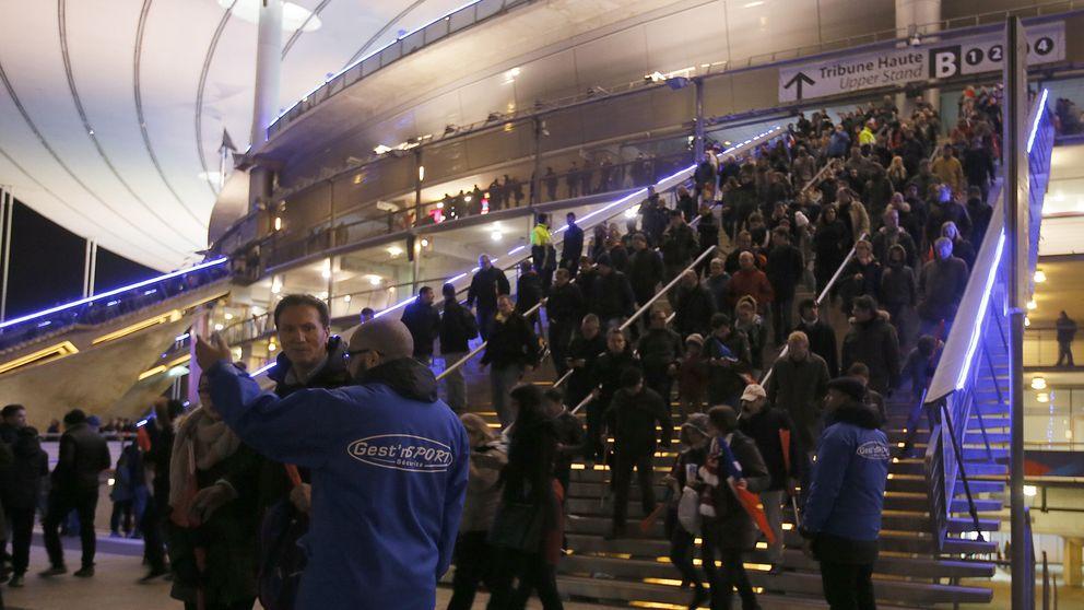 Cierran el Estadio de Francia por tres explosiones en los alrededores