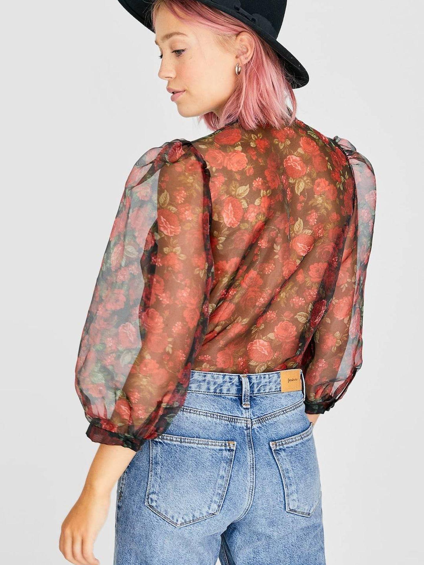 La espalda, elemento clave de la blusa. (Cortesía)