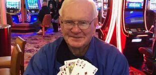 Post de Lotería: gastó 5 dólares para celebrar la curación de su mujer y ganó un millón