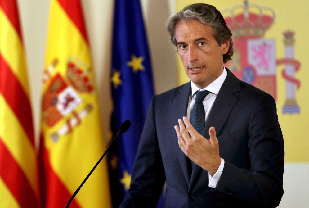 Foto: El ministro de Fomento ha activado el mecanismo de arbitraje para el aeropuerto de Barcelona. (EFE)