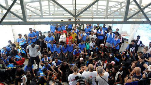 El Aquarius atraca en Malta: desde allí 60 migrantes serán trasladados a España