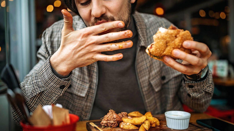 La forma de comer que te permite ingerir menos calorías