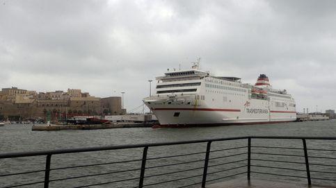 Sin billetes y la aduana cerrada: En Melilla nos están dando bofetadas por todas partes