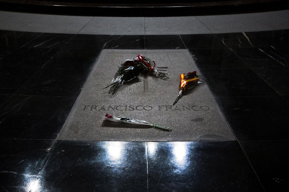 Foto: La tumba de Francisco Franco en el Valle de los Caídos, el 20 de noviembre de 2014. (Associated Press)