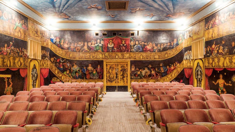 Amargosa Opera House. (Foto: Simon Davidson para Parfums CHRISTIAN Dior)