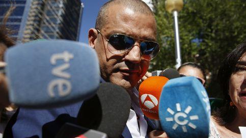 Miguel Ángel Flores no ingresará en prisión de inmediato