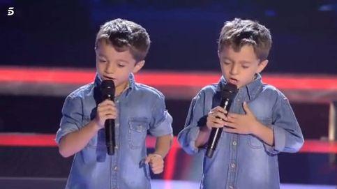 La emotiva sorpresa de los gemelos a su familia en 'La Voz Kids 3'