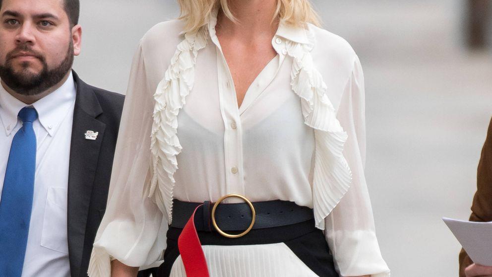 El look de Charlize Theron que desearás tener en tu armario (por menos de 40 euros)