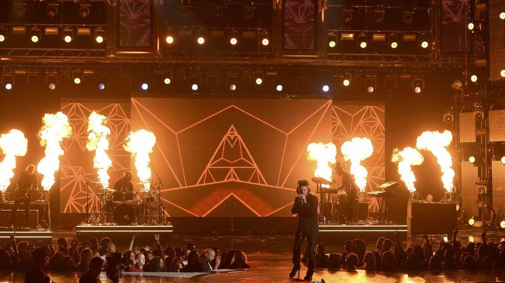 Foto: The Weeknd en una actuación en Los Ángeles (Efe)