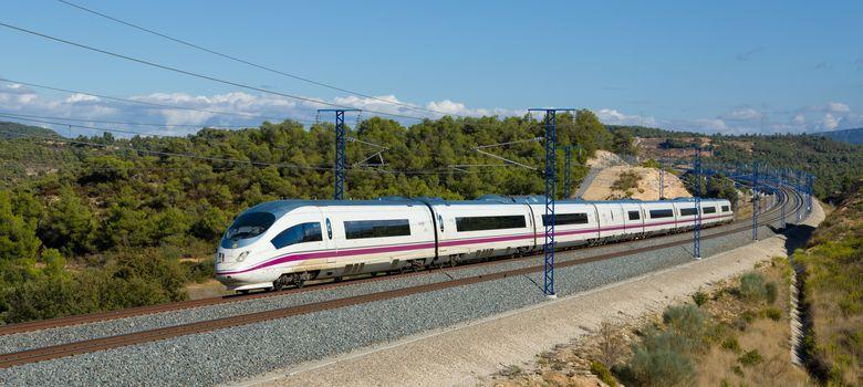 Foto: Uno de los trenes de alta velocidad. (Renfe)