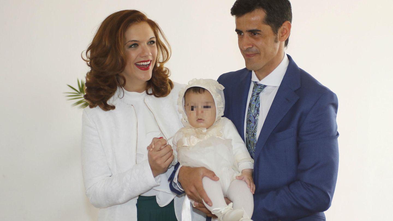 Así fue el bautizo de Víctor, el hijo de Víctor Janeiro y Beatriz Trapote.