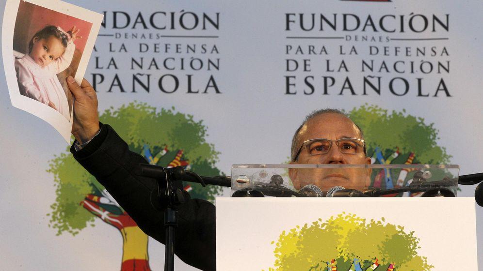 Foto: El expresidente de la AVT Francisco José Alcaraz y senador por Vox. (EFE)