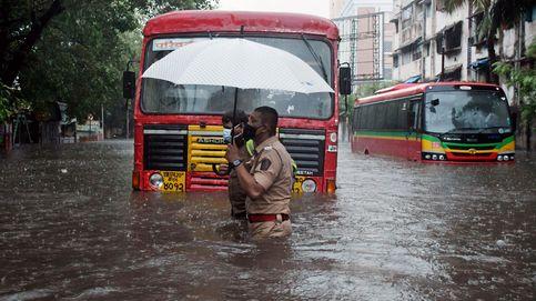 Protestas en solidaridad con Palestina y ciclón en Bombay: el día en fotos