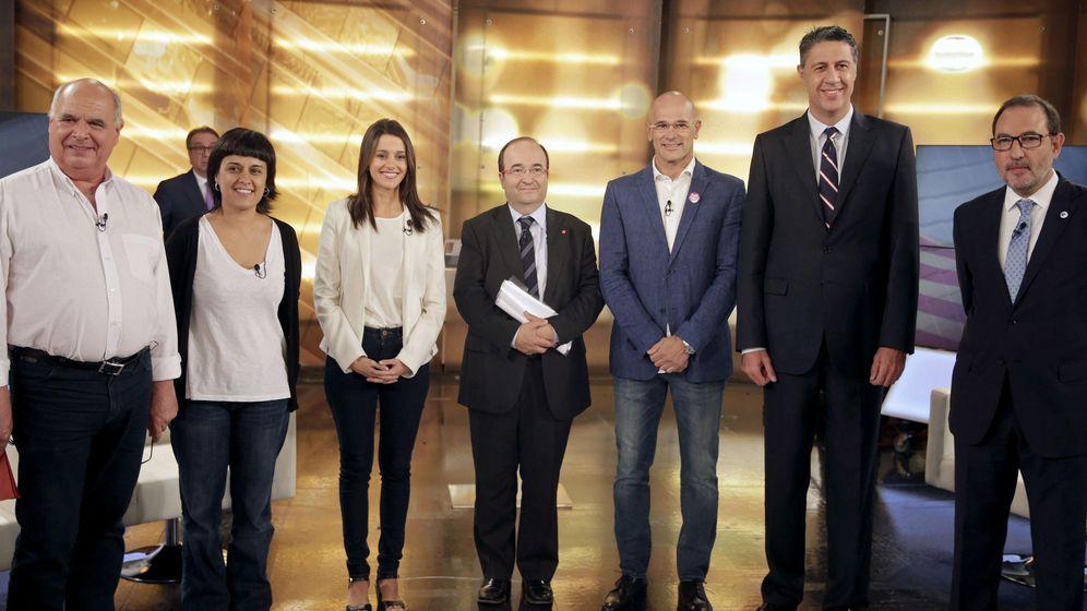 Foto: (Izq. a drch) Lluis Rabell (Si que es Pot), Anna Gabriel (CUP), Inés Arrimadas (Ciutadans), Miquel Iceta (PSC), Raul Romeva (Junts pel Si), Xavier Garcia Albiol (PPC) y Ramón Espadaler (Uniò). (EFE)