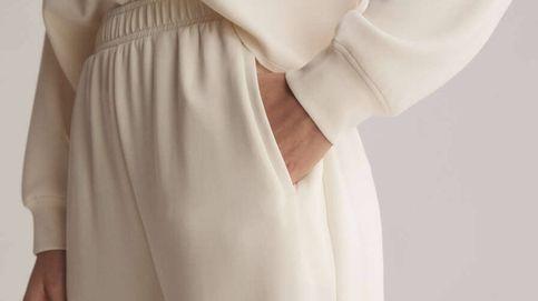 El pantalón más cómodo (pero estiloso) para estar en casa o salir a la calle te espera en Oysho