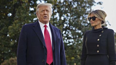Melania se despide de la Casa Blanca: de negro riguroso y de Chanel