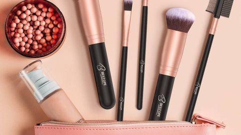 Brochas de maquillaje muy baratas en Amazon con 12.000 valoraciones positivas