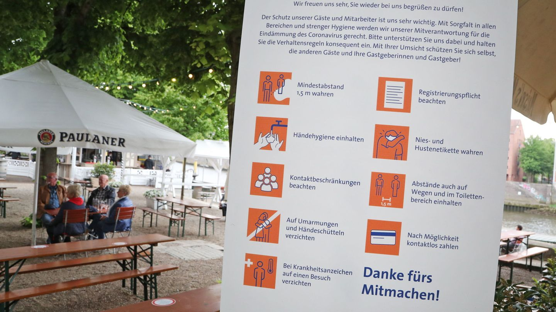 Un restaurante abierto en Bremen. (EFE)