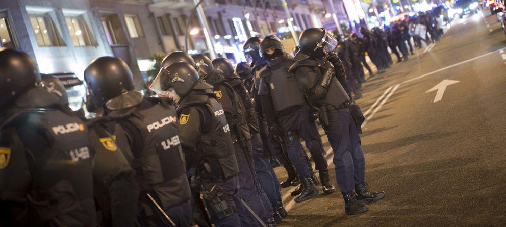Foto: Imagen de antidisturbios en una manifestación contra la Ley de Seguridad Ciudadana. (P.L.)