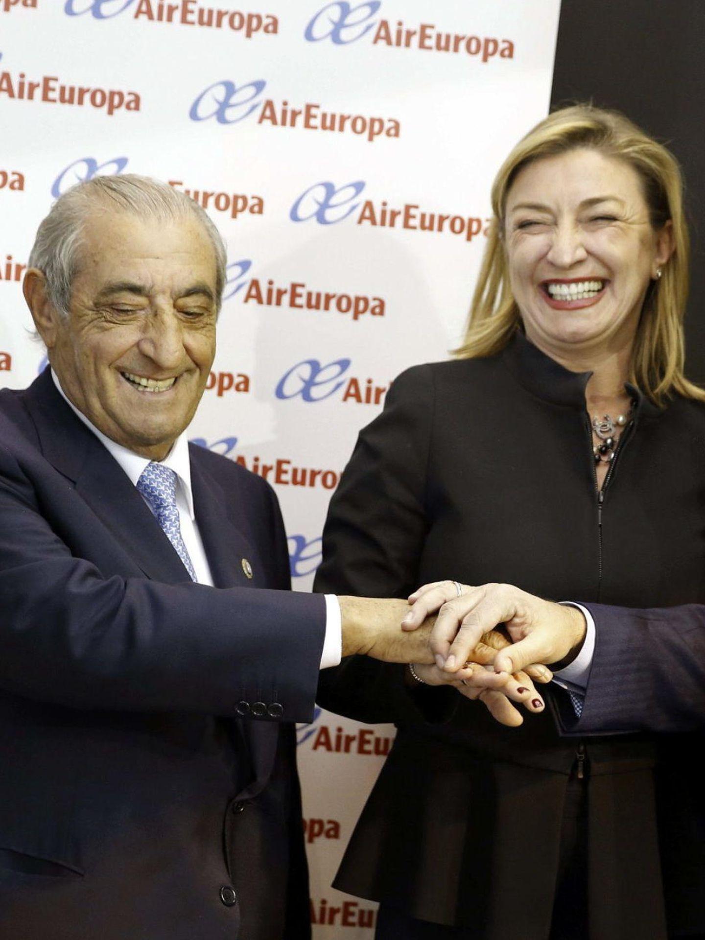 El presidente de Globalia, Juan José (Pepe) Hidalgo, con su hija María José. (EFE)