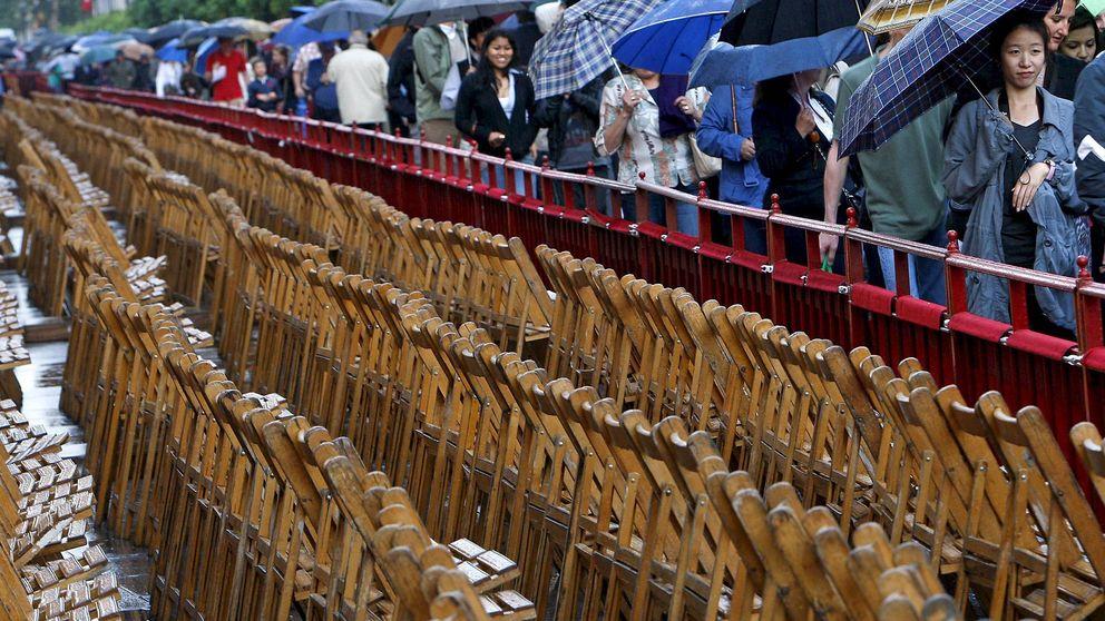 Odisea para lograr silla en Semana Santa de Sevilla y Málaga y no pagar 1.200 euros
