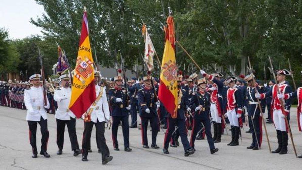 Foto: Acto solemne de jura de bandera de la nobleza en El Pardo. (Diputación de la Grandeza)
