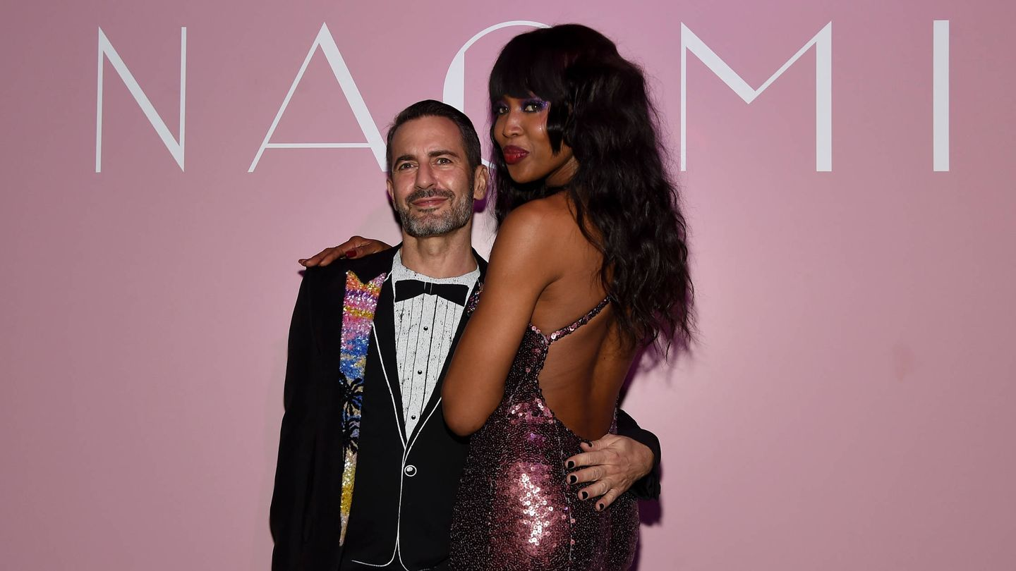 Marc Jacobs y Naomi Campbell. (Getty)