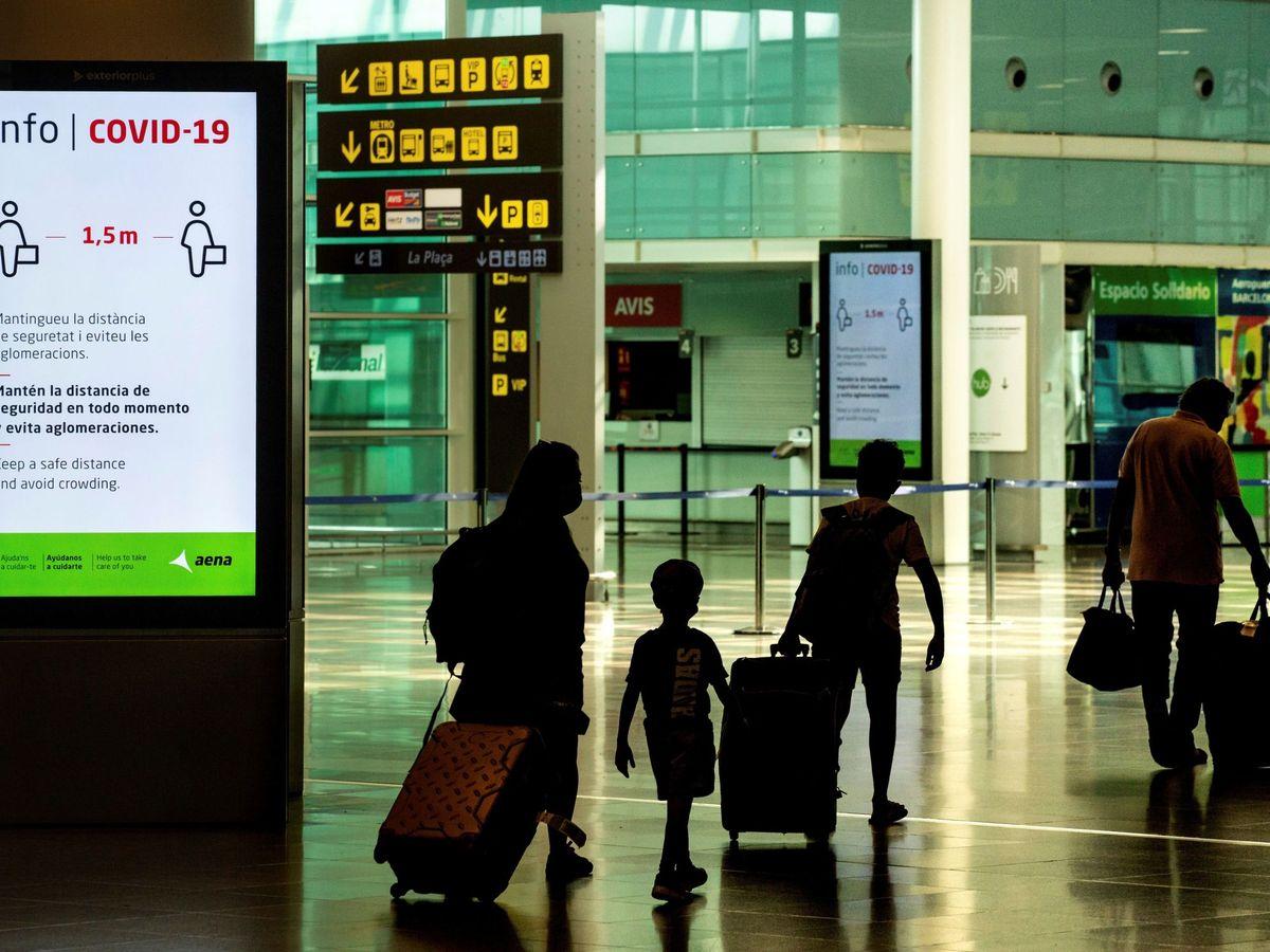 Foto: La terminal 1 del Aeropuerto Josep Tarradelles-El Prat, en Barcelona. (EFE)