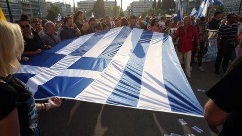 Centenares de personas se manifiestan en Grecia contra la campaña de vacunación
