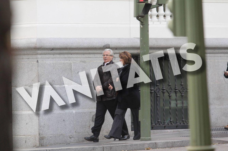 Foto: El juez Baltasar Garzón y Dolores Delgado, en unas fotos exclusivas. (Duenasphoto)
