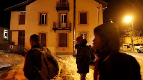 Inmigrantes cruzan Los Alpes
