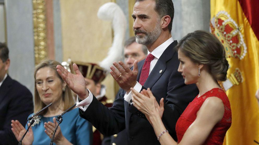 El Rey avisa a Puigdemont: Fuera de la ley solo hay negación de la libertad