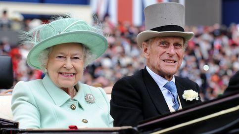 Dudas sobre la hospitalización del marido de Isabel II: ¿urgente y tras una mala caída?