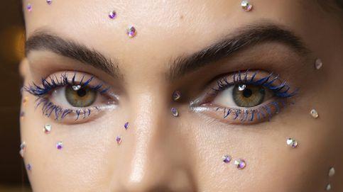 ¿Cómo utilizar las aplicaciones brillantes? Manual del maquillaje trendy