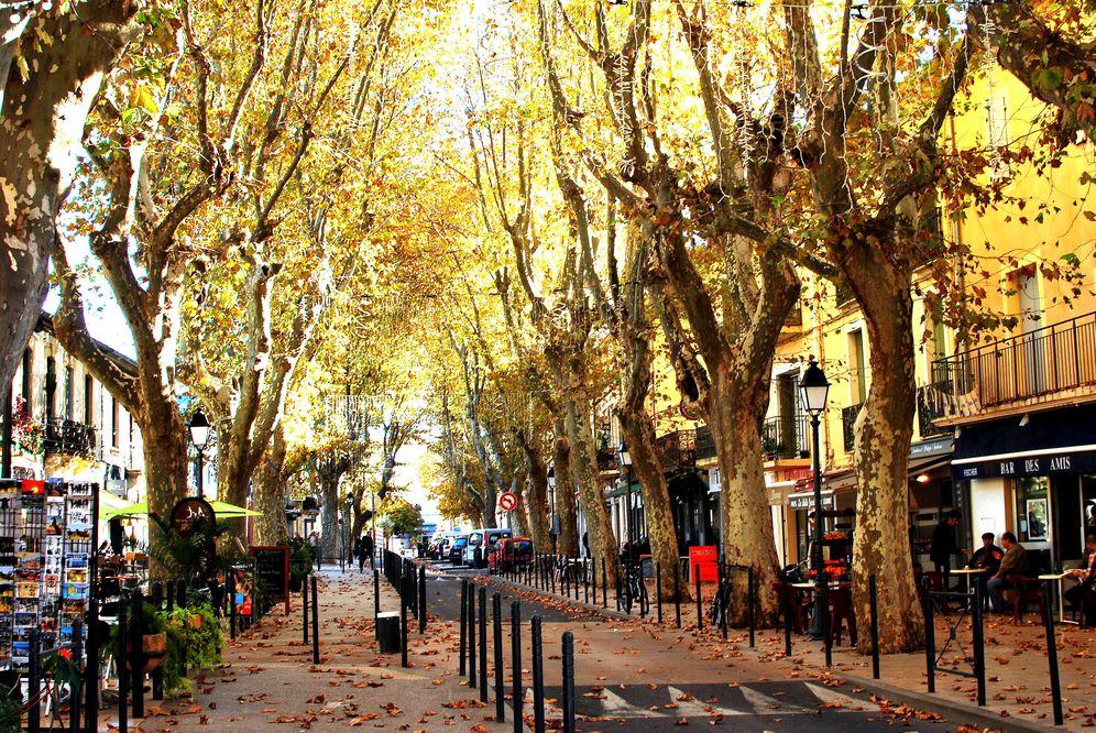 Foto: La calle Gabriel Peri, el corazón comercial de Lunel. (Foto: N. Campos)