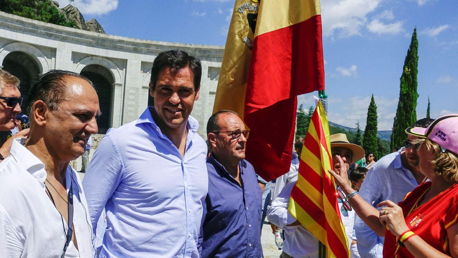 Foto: Luis Alfonso en la protesta del Valle de los Caídos. (EFE)