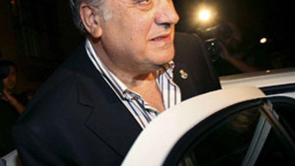 Lorenzo Sanz, en libertad con cargos tras declarar por el traslado de obras de arte fuera de España