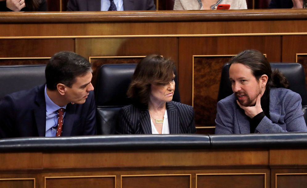 Foto: Sánchez, Calvo e Iglesias en una imagen del pasado 27 de febrero en el Congreso. EFE