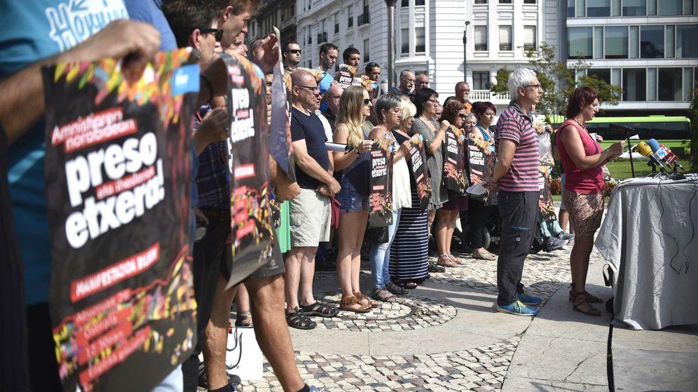 Foto: Concentración para reclamar la amnistía de presos de ETA en 2016. (EFE)