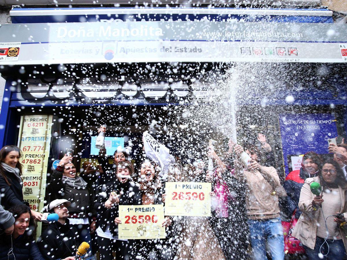 Foto: El 26.590, ganador del Gordo de la lotería de Navidad en 2019. (EFE)