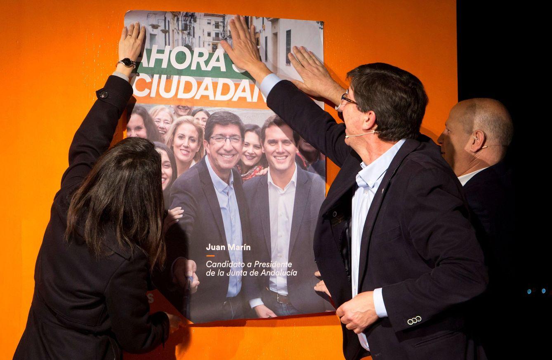 Juan Marín junto a Inés Arrimadas y Javier Imbroda. (EFE)