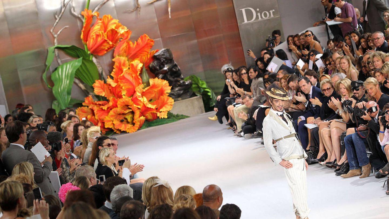 John Galliano en un desfile para Dior (Getty)