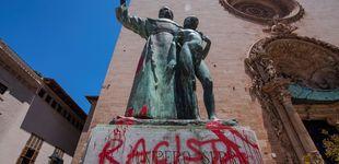 Post de El derribo de estatuas como 'flashmob' de fanáticos: ¿qué está pasando?