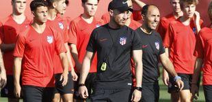 Post de El extraño cese del entrenador del Atlético que no sabe perder contra el Real Madrid