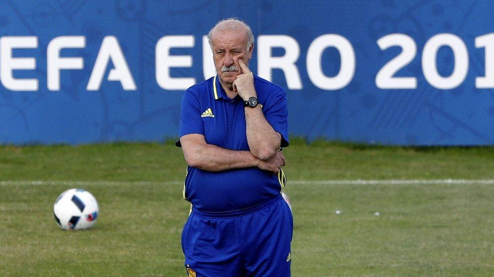 Foto: Vicente del Bosque, en un entrenamiento de la Selección en Francia. (EFE)