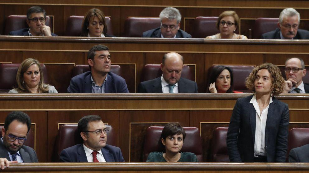 El PSOE abre expediente a los 15 díscolos para multarles con 600 euros