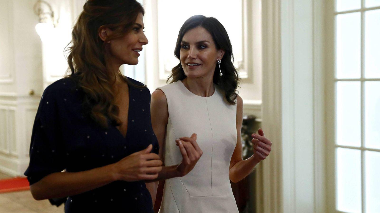 Foto: Letizia y Juliana durante su encuentro en Argentina. (Cordon Press)