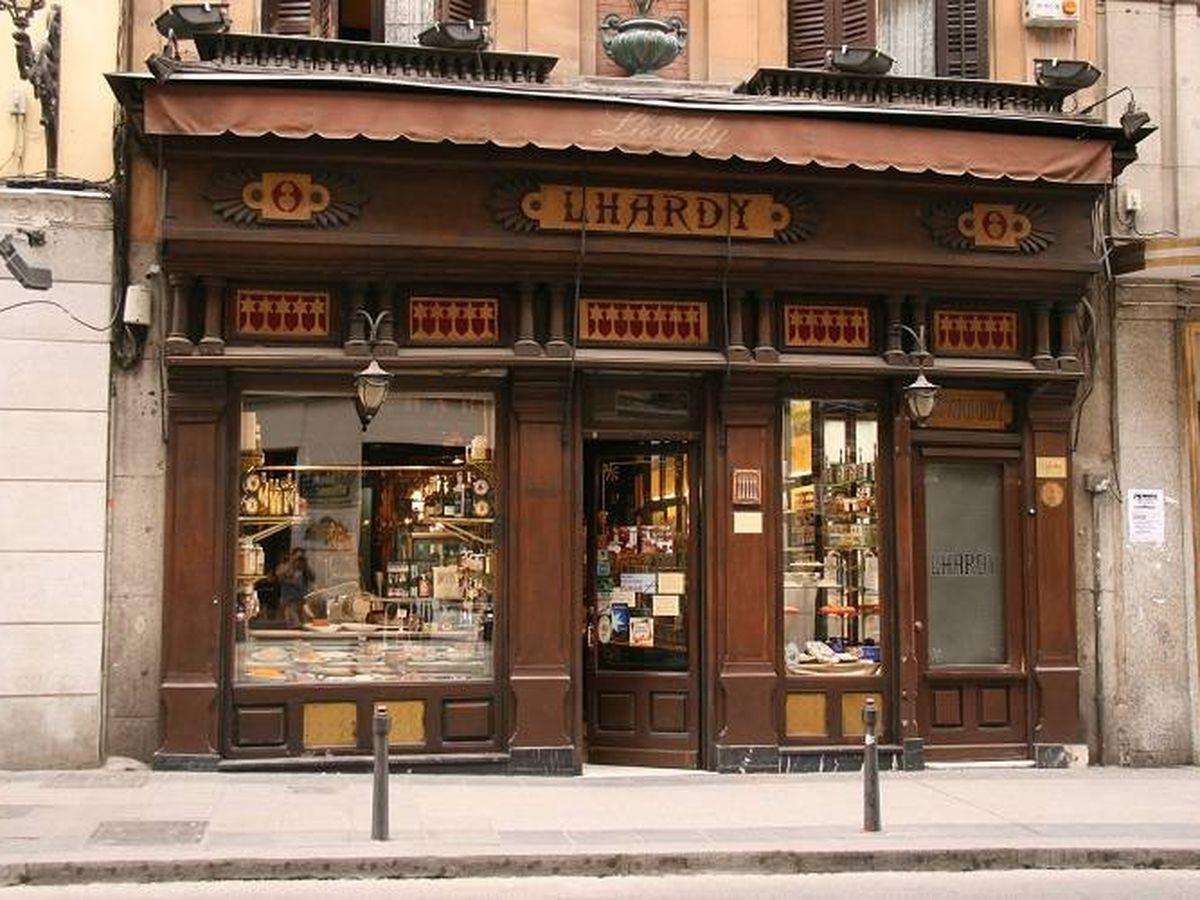 Foto: Fachada del restaurante Lhardy.